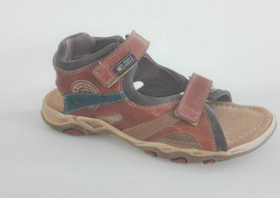 sandaal-maat 35-jongen