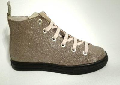 w-maat 29-MAA glitter/  89€